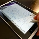 Hands-on with the HTC Flyer's (nifty) stylus