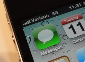 The iPhone 4 carrier dilemma: AT&T, or Verizon?