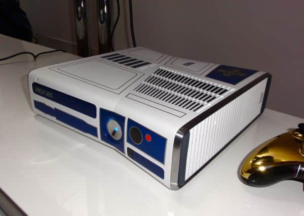 R2-D2-themed Xbox 360 is the droid—er, console—you're looking for (eyes-on)