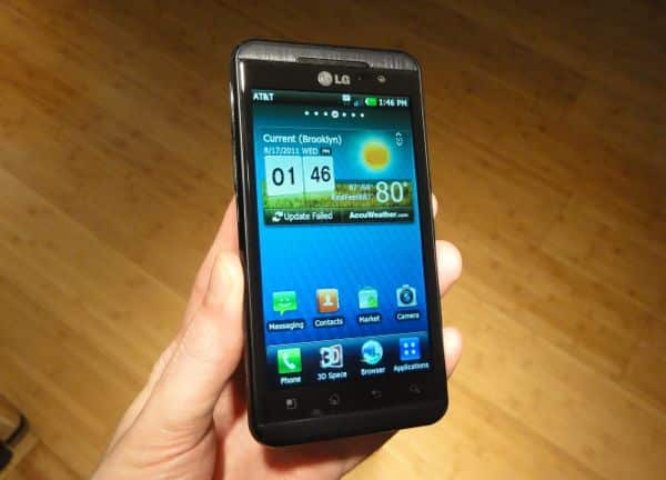 LG Thrill review: Fuzzy outlook for a glasses-free 3D smartphone