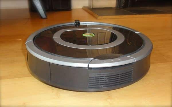 Hands-on with the iRobot Roomba 780