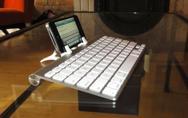 Quick take: Wingstand keyboard clips for iPhone, iPad