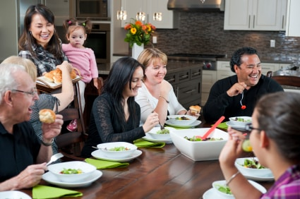 """6 smartphone """"dos"""" and """"don'ts"""" for Thanksgiving"""