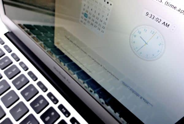 Turn on your Mac's speaking clock