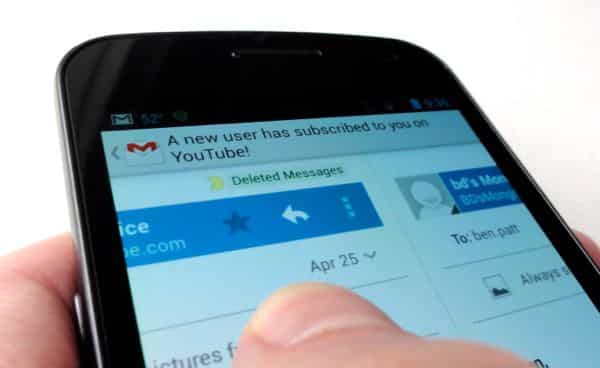 Gmail for Android tip: Swipe from one message thread to the next