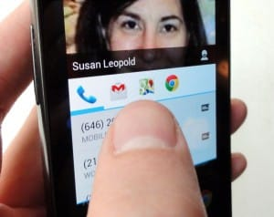 Android contact shortcut 300x238 Android tip: How to add a contact to your home screen