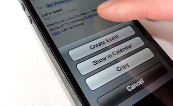 Create an iPhone event directly from email iPhone/iPad tip: Create a calendar event or contact directly from email