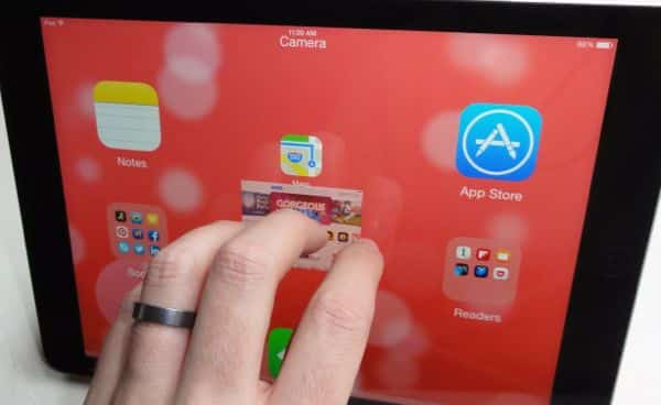 Pinch to return to iPad home screen