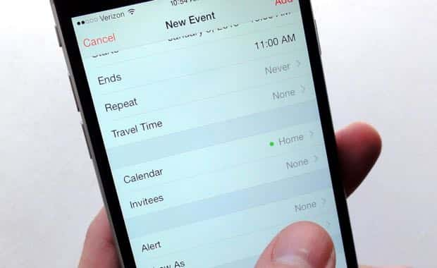 iOS tip: Create automatic alerts for new Calendar events
