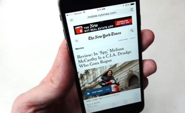 iOS tip: Forward an entire web article via email, not just the link