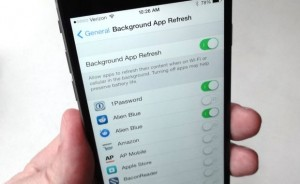 iOS 8 background app refresh setting
