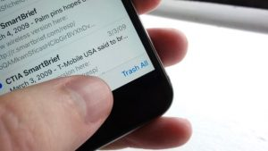 How to find the iOS Mail Trash All button