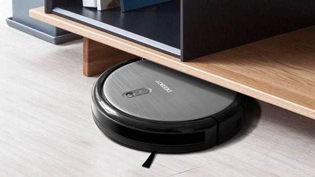 Robotic vacuum daily tech deals